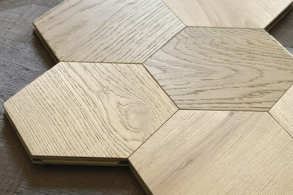 Carácter Collection Yvyra flooring hexagon